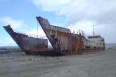 Wa11papers.ru_shipwreck_2560x1920_006