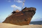 Wa11papers.ru_shipwreck_2915x1891_021