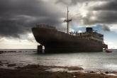 Wa11papers.ru_shipwreck_3185x1853_045